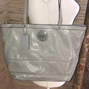 Coach light grey purse. Excellent condition.